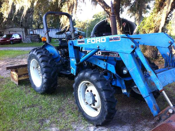New Holland Tractor Review: New-Holland-3930-Tractor-No-Hydraulics-help-