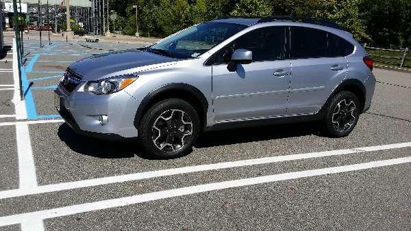 Subaru: 2014-Subaru-XV-Crosstrek-vs-CRV-and-RAV4-Review