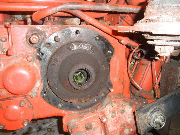 Belarus: Belarus-250AS-Tractor-axle-replacement