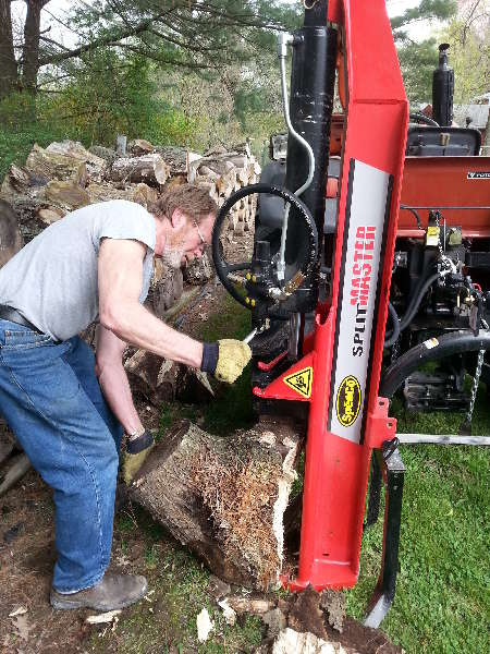 Tractor Implements: Speeco-3pt-log-splitter