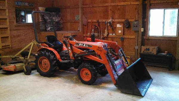 For Sale 94 Kubota B7100HST